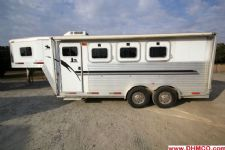 #11135 - Used 2001 Exiss XT300 3 Horse Trailer  with 4' Short Wall