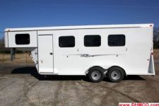 #77054 - New 2015 Bee 3HGNSL 3 Horse Trailer  with 4' Short Wall