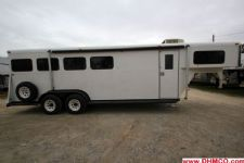 #77074 - Used 1995 Bee 7440LQ 2 Horse Trailer  with 4' Short Wall