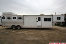 #97124 - Used 2001 Dreamcoach 8412LQ 4 Horse Trailer  with 12' Short Wall