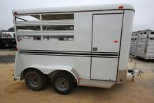 #77686 - Used 2013 Bee 2HBP 2 Horse Trailer  with 2' Short Wall