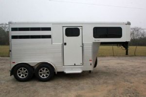 #B1204 - New 2015 Sundowner SS2HGN 2 Horse Trailer  with 2' Short Wall