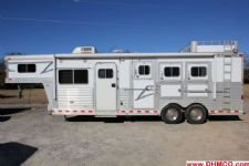 #05609 - Used 2004 Elite 8310LQ 3 Horse Trailer  with 10' Short Wall