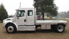 #90420 - Used 2007 Freightliner M2 106 Truck