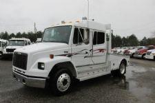 #08846 - Used 2001 Freightliner FL60 Truck