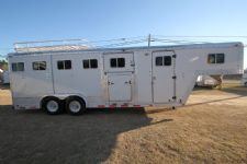 #30224 - Used 1989 Featherlite 8520LQ 5 Horse Trailer  with 2' Short Wall