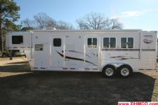#87330 - Used 2007 Lakota 7310LQ 3 Horse Trailer  with 10' Short Wall