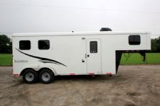#05174 - New 2015 Bison 7260LQ Dixie Renegade 2 Horse Trailer  with 6' Short Wall