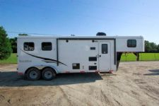 #05176 - New 2015 Bison Trail Hand 7208LQ 2 Horse Trailer  with 8' Short Wall