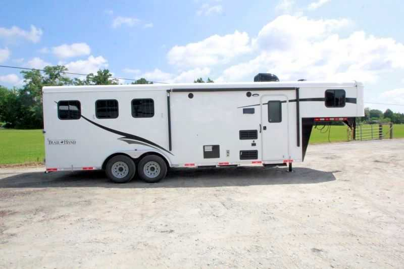 3 horse bison horse trailer with living quarters dixie