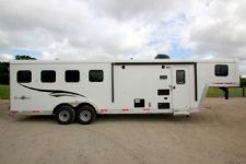 #05179 - New 2015 Bison Trail Boss 7408LQ 4 Horse Trailer  with 8' Short Wall