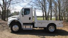 #48150 - Used 2005 Freightliner M2 Truck