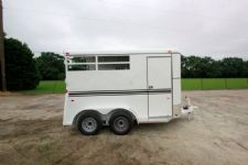 #77116 - New 2015 Bee 2HBPSLDLX 2 Horse Trailer  with 2' Short Wall