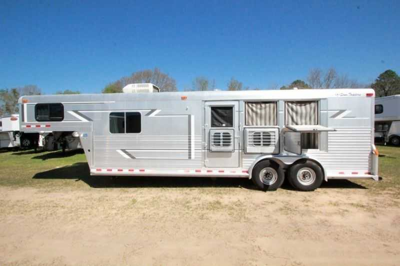 Used 3 Horse 4 Star Horse Trailer With Living Quarters