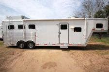 #42818 - Used 2008 Exiss 8310LQ 3 Horse Trailer  with 10' Short Wall
