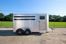 #B1730 - New 2015 Sundowner SS3HBP 3 Horse Trailer  with 2' Short Wall