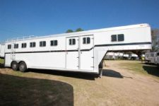 #00552 - Used 1985 Featherlite 6HGN 6 Horse Trailer  with 3' Short Wall