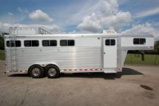 #06943 - Used 2005 Elite 8440 Dixie Lineshack Bath LQ 4 Horse Trailer  with 4' Short Wall