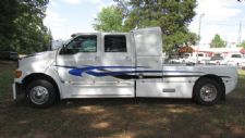 #06284 - Used 2003 Ford F650 Truck