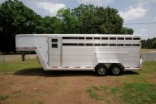 #22436 - Used 2003 Exiss STK20 Stock Trailer  with 6' Short Wall