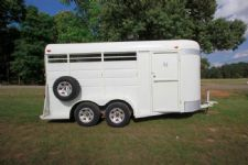 #00371 - Used 2001 Calico 3HSLBP 3 Horse Trailer  with 2' Short Wall