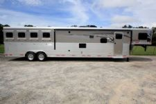 #00658 - New 2016 Lakota 8417 SUPER SLIDE LQ 4 Horse Trailer  with 17' Short Wall