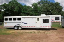 #34459 - Used 2003 Merhow 8414LQ 4 Horse Trailer  with 14' Short Wall