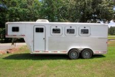 #20857 - Used 2003 Exiss XT300 3 Horse Trailer  with 4' Short Wall