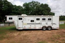 #04986 - Used 2000 Exiss 8310LQ 3 Horse Trailer  with 10' Short Wall
