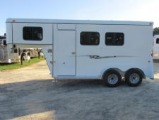 #77224 - New 2016 Bee 2HGNSLDLX 2 Horse Trailer  with 3' Short Wall