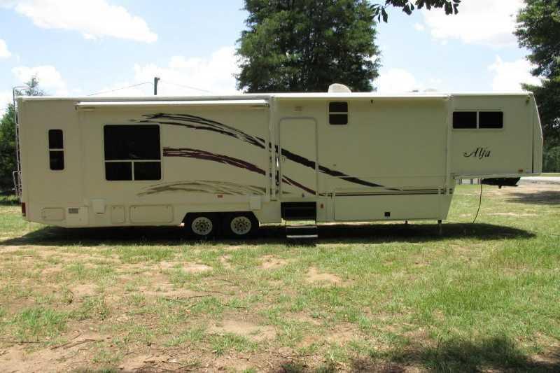 used 2006 alfa travel trailer trailer