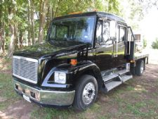 #90408 - Used 2001 Freightliner FL60 Truck