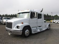 #50988 - Used 2000 Freightliner FL60 Truck