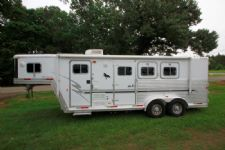 #10322 - Used 2001 Exiss XT306LQ 3 Horse Trailer  with 6' Short Wall