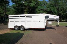 #09899 - Used 1999 Bruton 4HSL 4 Horse Trailer