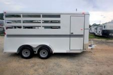 #77174 - New 2016 Bee 3HBP Durango 3 Horse Trailer  with 2' Short Wall
