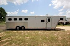 #40171 - Used 2007 Exiss 8414LQ 4 Horse Trailer  with 14' Short Wall