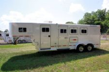 #00240 - Used 1995 Exiss  3 Horse Trailer  with 6' Short Wall