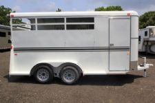 #77170 - New 2016 Bee 3HBPSLDLX 3 Horse Trailer  with 2' Short Wall