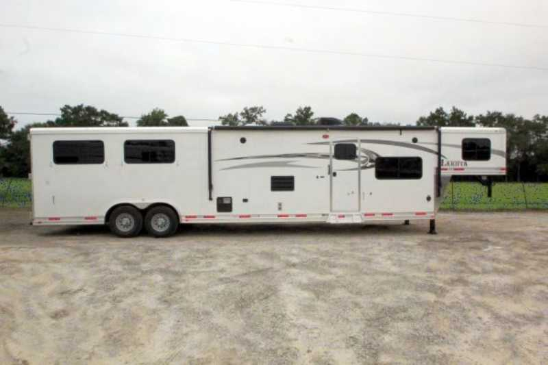 Lakota horse trailer for sale new 2016 4 horse trailer for Shop with living quarters for sale