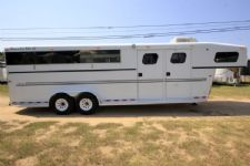 #18206 - Used 2002 Trails West 7406LQ 4 Horse Trailer  with 6' Short Wall