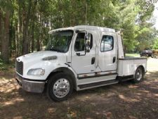 #13499 - Used 2007 Freightliner M2 106 Truck