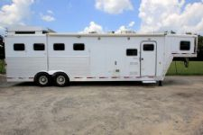 #30179 - Used 2004 Exiss XT488GLQ 4 Horse Trailer  with 8' Short Wall