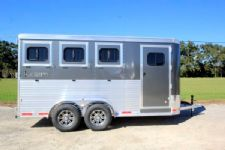 #00936 - New 2016 Lakota 3HBPSL 3 Horse Trailer  with 2' Short Wall