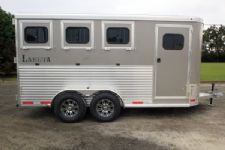 #00937 - New 2016 Lakota 3HBPSL 3 Horse Trailer  with 2' Short Wall