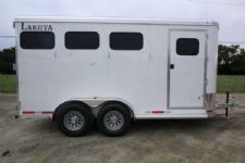 #00938 - New 2016 Lakota 3HBPSL 3 Horse Trailer  with 2' Short Wall