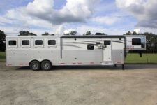 #00988 - New 2016 Lakota Charger 8413GLQ 4 Horse Trailer  with 13' Short Wall