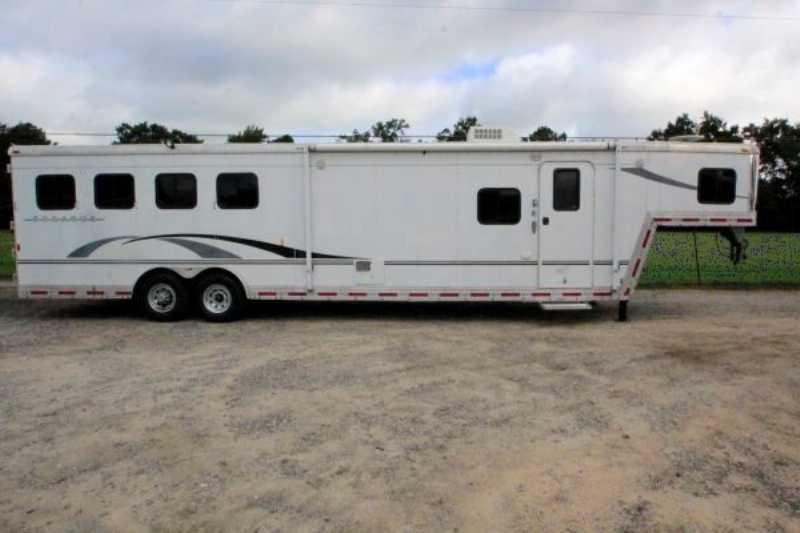 Used 2005 bison 4 horse slant trailer for Shop with living quarters for sale