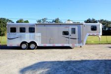 #00624 - Used 2010 Bison Stratus 8310GLQ 3 Horse Trailer  with 10' Short Wall