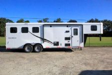 #05630 - New 2016 Bison Trail Hand 7308LQ 3 Horse Trailer  with 8' Short Wall